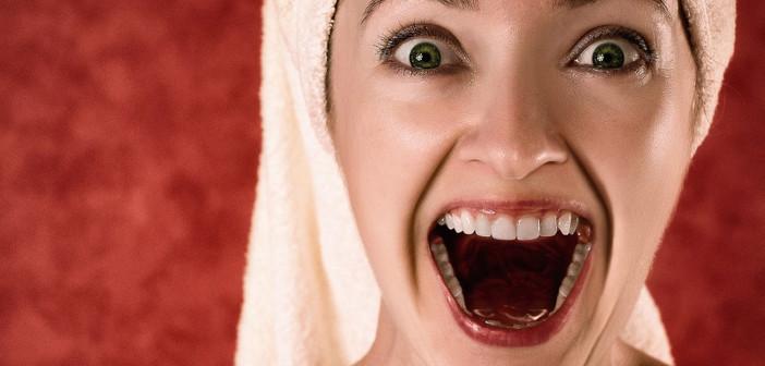 Frau beim Lachen